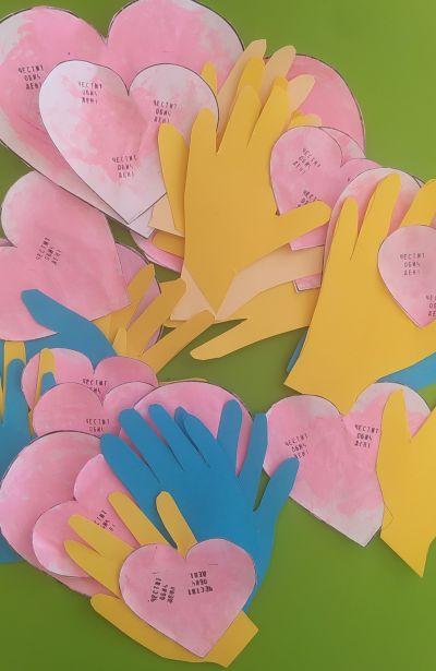 """Обич ден и ябълка от пластилин в група """"Пинокио"""" - ДГ №63 Слънце - София"""